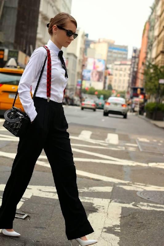 femmes-qui-s'habille-comme-hommes-suspensionnaires